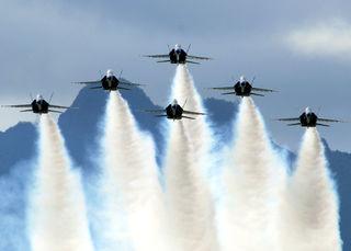Blue_Angels_on_Delta_Formation